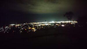 庭からの夜景